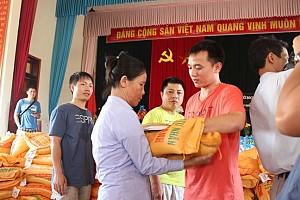 An Khánh JVC chung tay hỗ trợ 700 hộ dân vùng lũ miền Trung